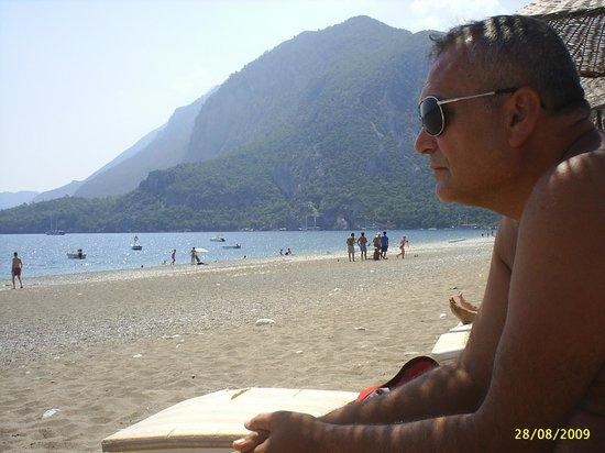 Olympos Yavuz Hotel: Olympos Dağları ve sahil