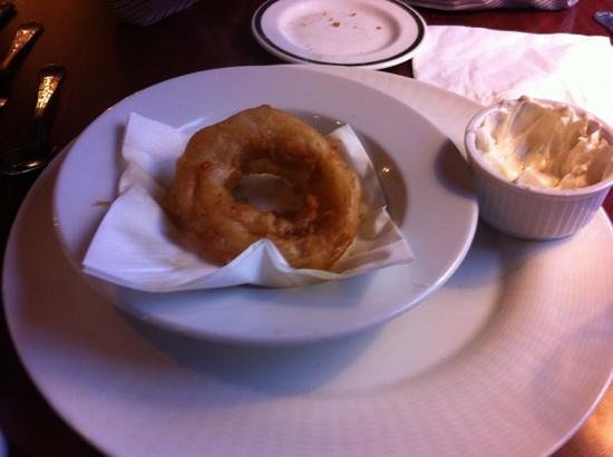 The Cook & Barker Inn: onion rings were yum