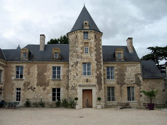 Loire Valley Retreat: The chateau