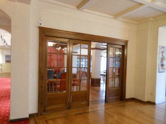 Hotel Helvetie: La biblioteca dell'hotel
