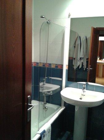 Aptos. Turisticos Blue San Esteban: 2º baño
