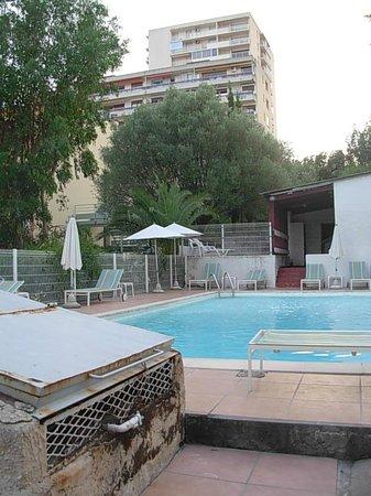Hotel Castel Vecchio: piscine