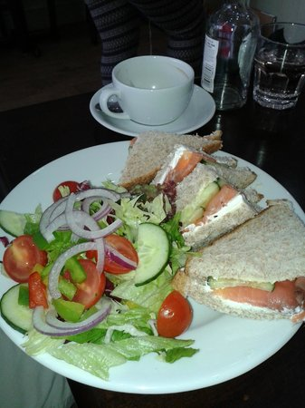Marmalade: Fresh sandwiches and salad