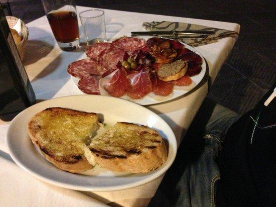 Restaurant La Stella: Piatto misto , e bruschette