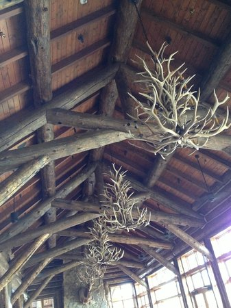 The Lodge and Spa at Brush Creek Ranch: lodge