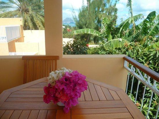 Terre et Mer Studios - Mauritius: Vue sur le Grand Morne depuis le balcon du studio Le Marlin Bleu