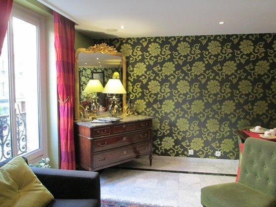 Hotel Royal Saint Germain : Detalle del desayunador