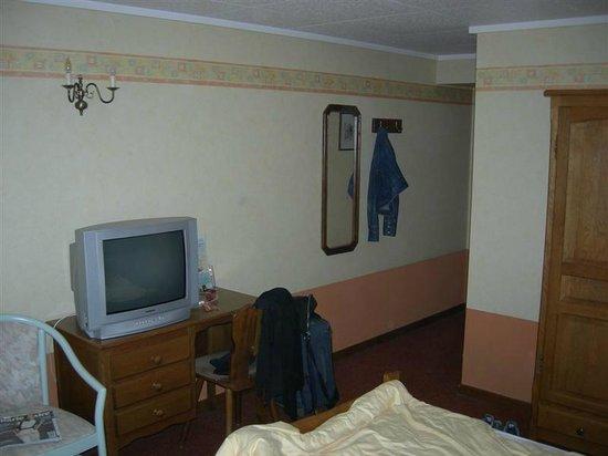 Hotel du Commerce : 2m30 sous plafond