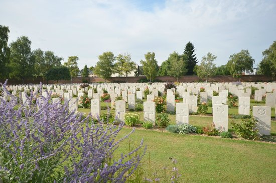 Faubourg-d'Amiens Cemetery: Commonwealth cemetry, Arras