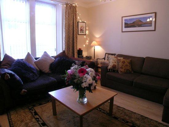 Elmbank Drymen: Elmbank Apartment sitting room