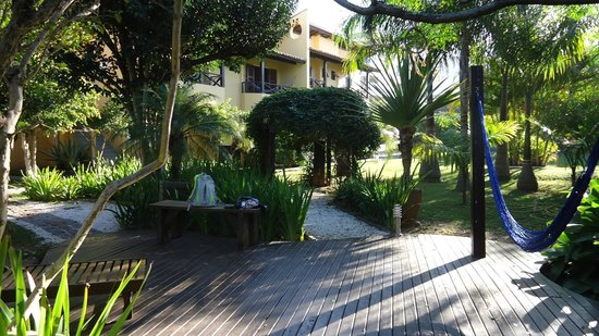 Pousada Vila Tamarindo Eco Lodge: O jardim impecável da Vila Tamarindo