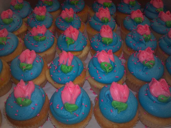 The Bakery Shoppe: Specialty Cupcakes