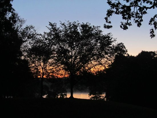 Lake Fairfax Park : Sunrise over Lake Fairfax from campground