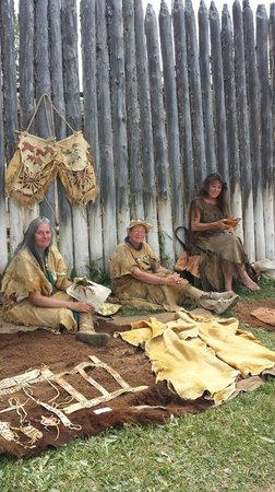 Fort Bridger State Historic Site: Trapper wives creating fine leatherwork and clothing