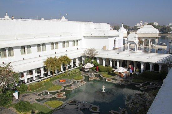 Taj Lake Palace Udaipur: Inner Courtyard