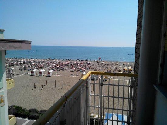 Hotel Edera : vista da camera laterale...