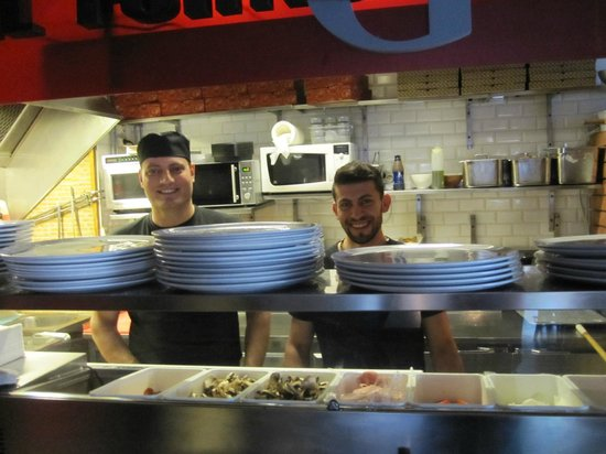 Il Forno Da Gino: Restaurang, Pizzeria