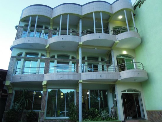 Emeraude hotel reviews bujumbura burundi tripadvisor for Aparthotel jardin tropical bujumbura