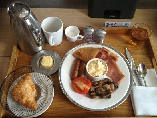 Radisson Blu Hotel, Glasgow: Breakfast in room