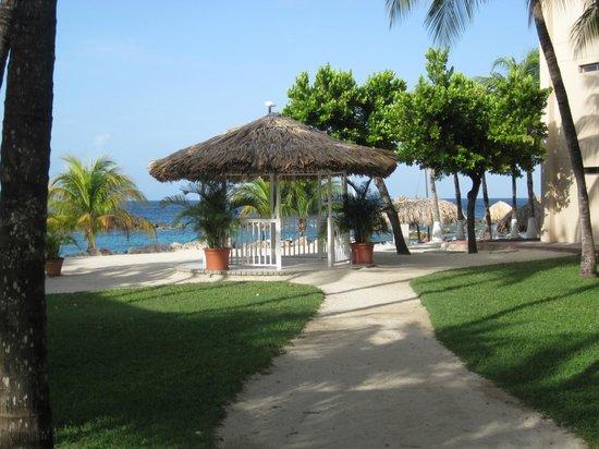 Sunscape Curacao Resort Spa & Casino: Wedding gazebo