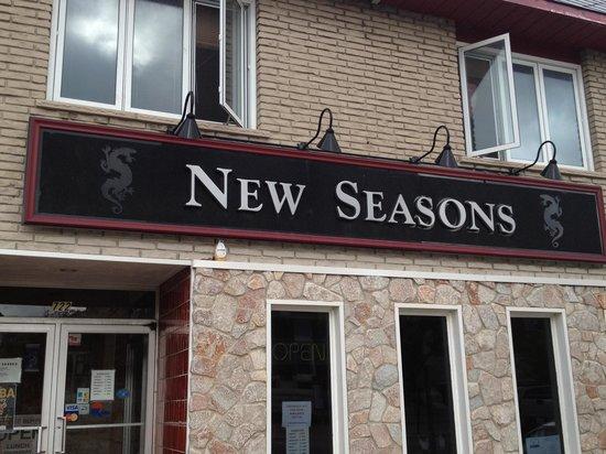 New Seasons Tavern : New Seasons Restaurant