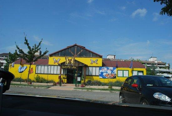 Casa delle Farfalle e Bosco delle Fate di Butterfly Arc: Entrance