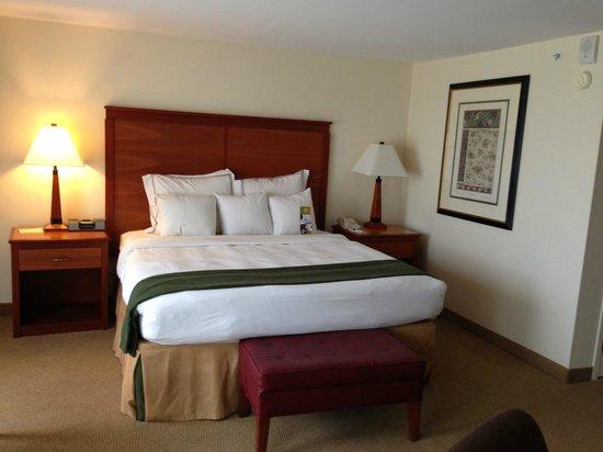 Eaglewood Resort & Spa: Resort Golf View King