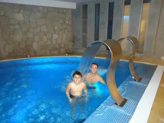 Hotel Cristal: Piscina