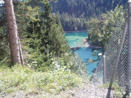 Caumasee: first glimpse of the lake