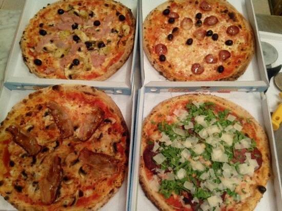 Fior di pizza : Ampia scelta di pizze! Una più buona dell'altra!!