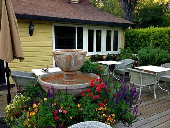 Farmhouse Inn & Restaurant: The outdoor of restaurant