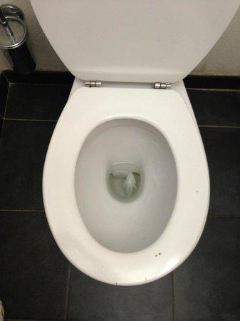Appart'City Montévrain : WC encore occupé visiblement