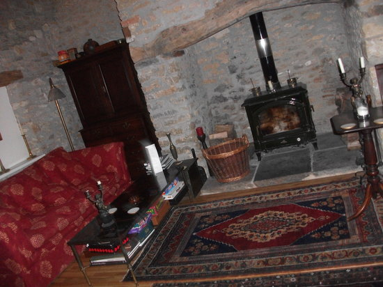 Munden House : lounge