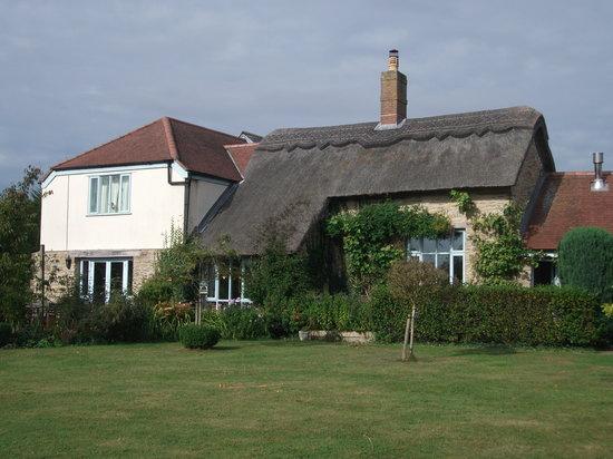Munden House: house