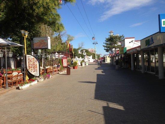Mamaia Beach: Shops