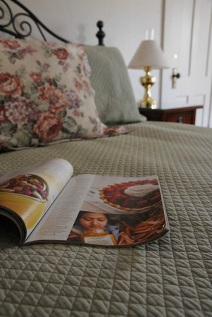 Maplevale Farm Bed and Breakfast: McChesney Room