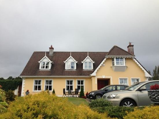 Blarney Vale Bed and Breakfast: A beautiful house