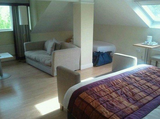 Best Western Hotel Smokies Park: Our very spacious suite