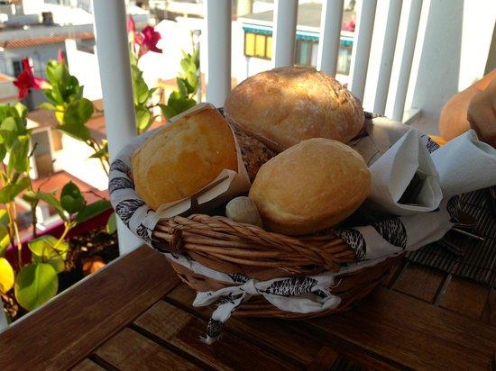Hostal Don Peque: Tipos de pan y bolleria ofertados