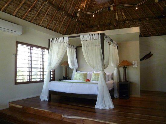 Paradise Cove Resort: main bedroom