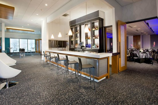 Aloft cherry hill