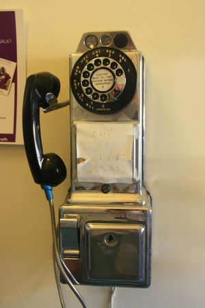 Trempealeau Hotel: Love the old public phone