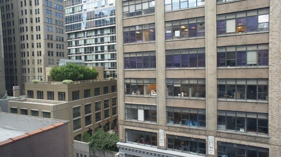 Hampton Inn Manhattan - Madison Square Garden Area: View from room
