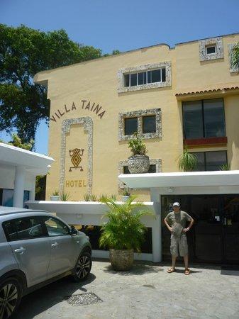Hotel Villa Taina: front of the hotel