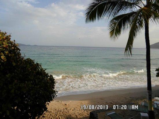 Sebastian's on the Beach: Vista al mar desde la habitación