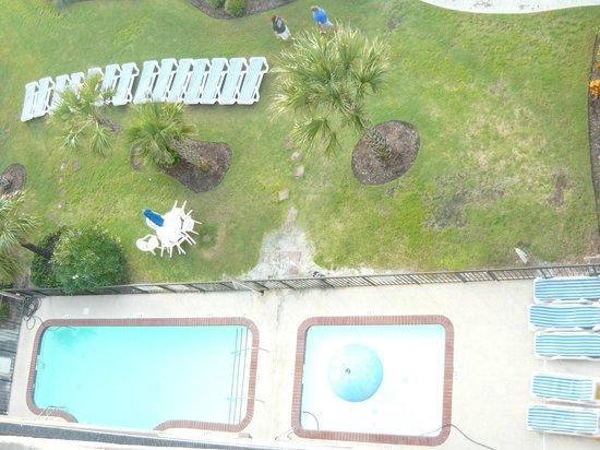 Windsurfer Hotel: Courtyard