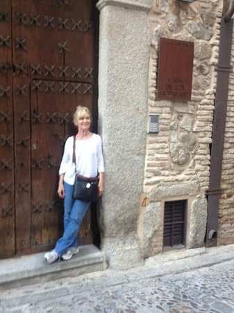 Casa de los Mozarabes: at entry to 16th century apt