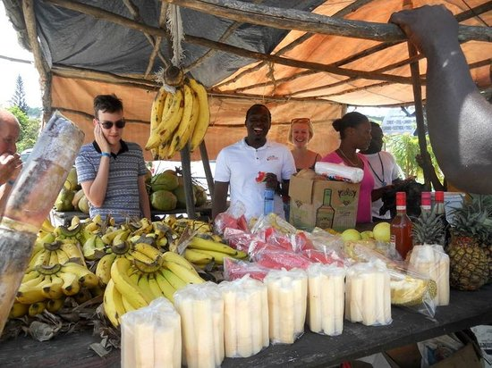 Your Jamaican Tour Guide: Local fruits