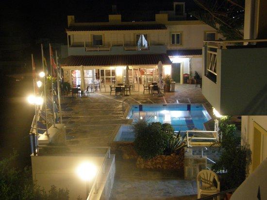 Belvedere Hotel : tatt fra vår balkong