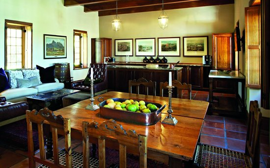 Steenberg Hotel : Cape Colonial Heritage Suite